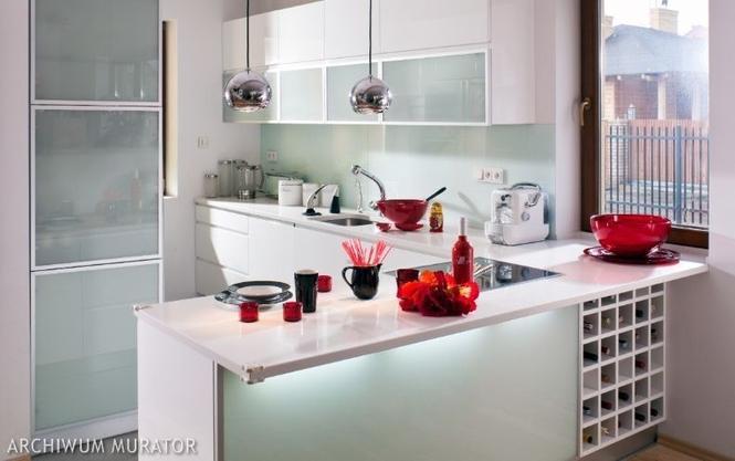 Sprzęty w kuchni a instalacje. Gdzie ustawić zlewozmywak, kuchenkę?