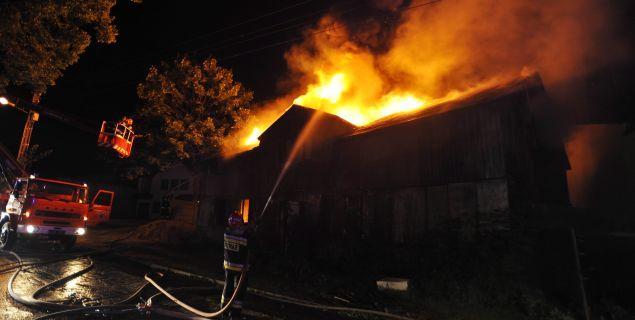 Zagrożenie pożarem. Jak budować, by zmniejszyć ryzyko pożaru?
