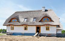 Dom z gliny i słomy. Ekologiczny pomysł na budowanie