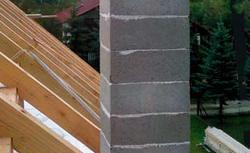 Kominy systemowe. Jak dobrać komin prefabrykowany i jak się go buduje?