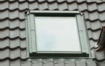 Okna na poddasze. Jakie cechy ma nowoczesne okno dachowe?