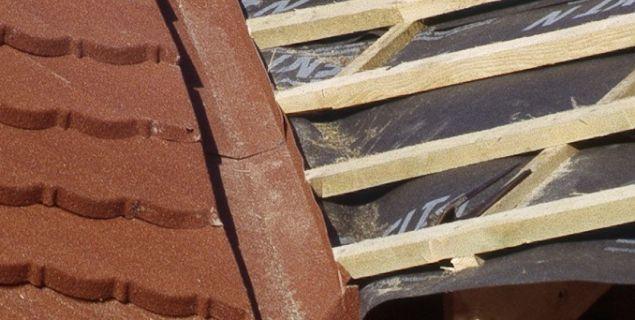 Izolacja przeciwwilgociowa pokrycia dachowego z blachy