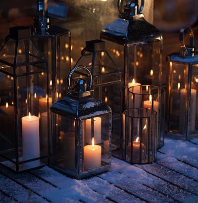 Dekoracje bożonarodzeniowe. Otul dom blaskiem świec