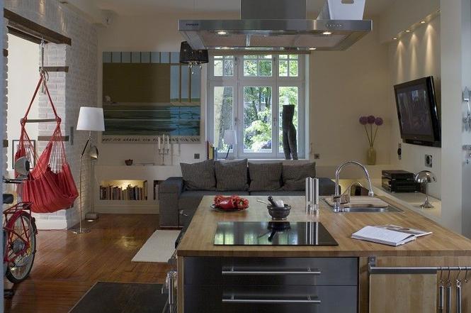 10 bardzo eleganckich kuchni otwartych na salon Zdjęcia wnętrz  Kuchnia  M   -> Bardzo Mala Kuchnia Na Poddaszu